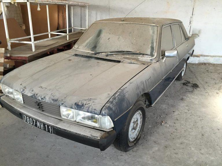 Restaurierung eines Peugeot 604 V6 SL von 1978