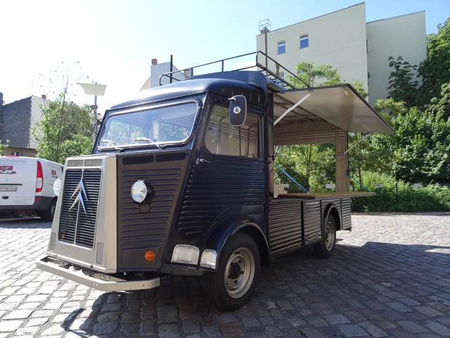 Ausbau historischer Food Trucks