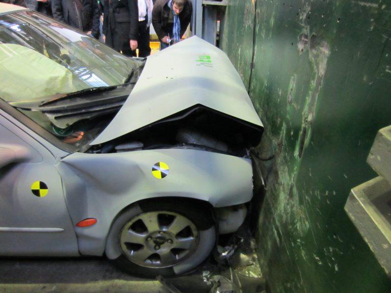 Crashversuch der HTW Berlin